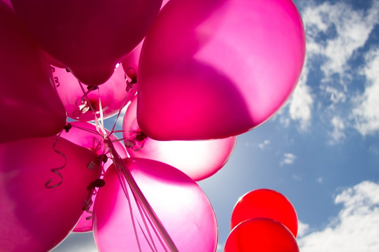 party decorations pink balloons outside