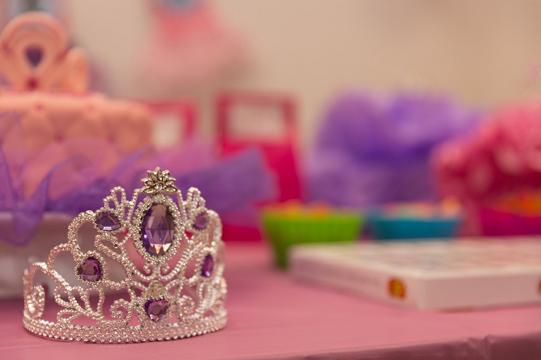 princess party decorations crown and table
