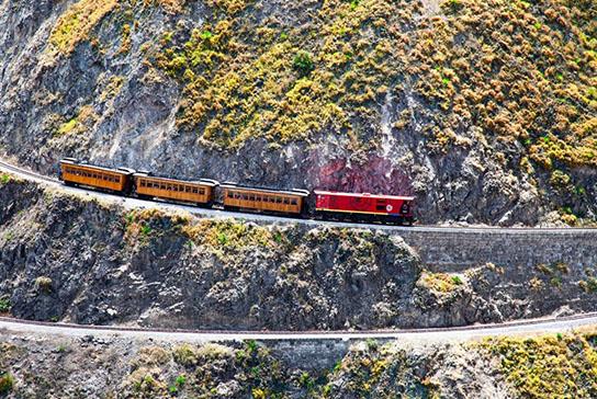 Nariz del diablo Train | Ecuador