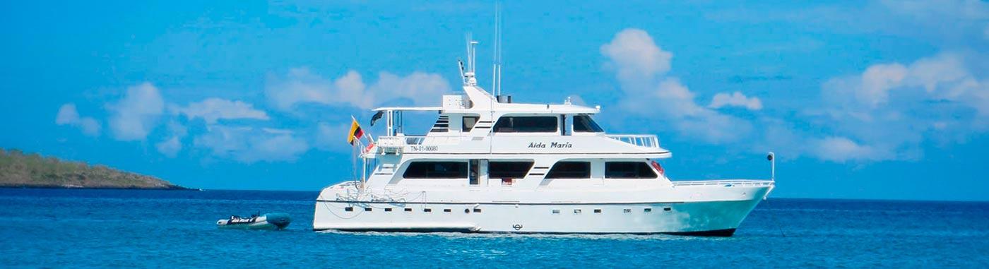 Galapagos tourist superior class cruises