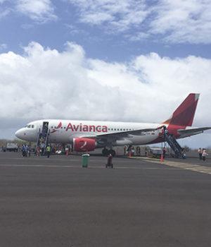 avianca galapagos airport