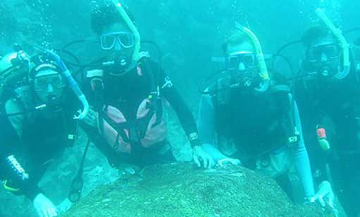 Scubba diving in Galapagos