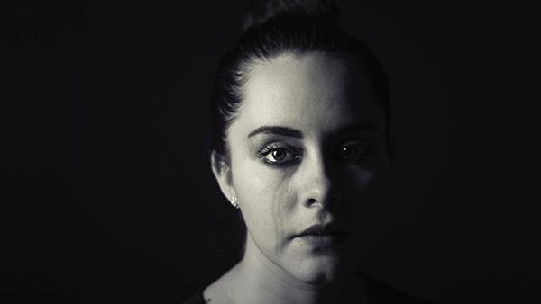 产后抑郁——分娩后暂时性悲伤
