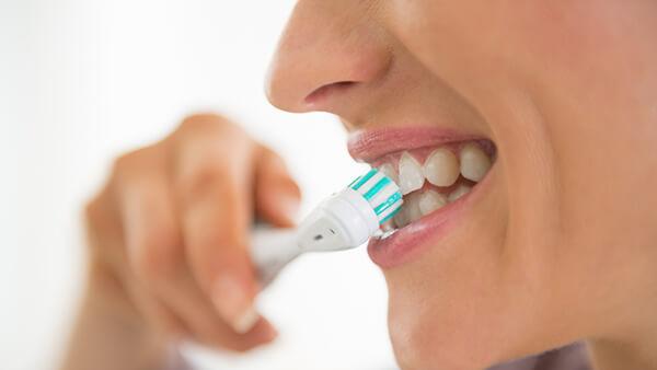 Vergesse nicht die Zahnpflege