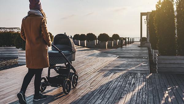 Lähdetkö kävelylle tai shoppailemaan kaupungille? Älä unohda ottaa seuraavia tarvikkeita mukaan!