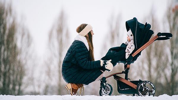 Så bäddar du barnvagnen under fyra olika årstider!