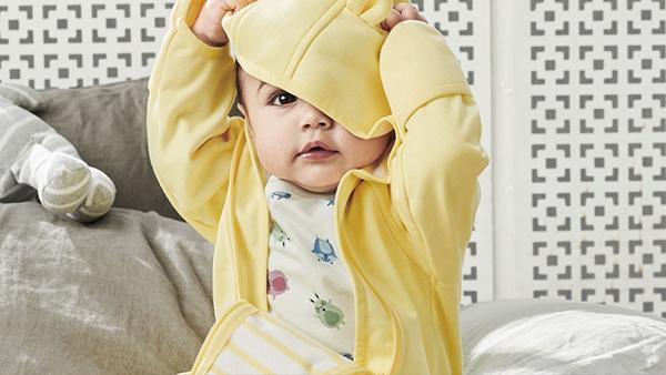 Så klär du din bebis från vinter till vår