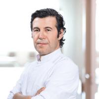 Uzm. Dr. Can Koşal