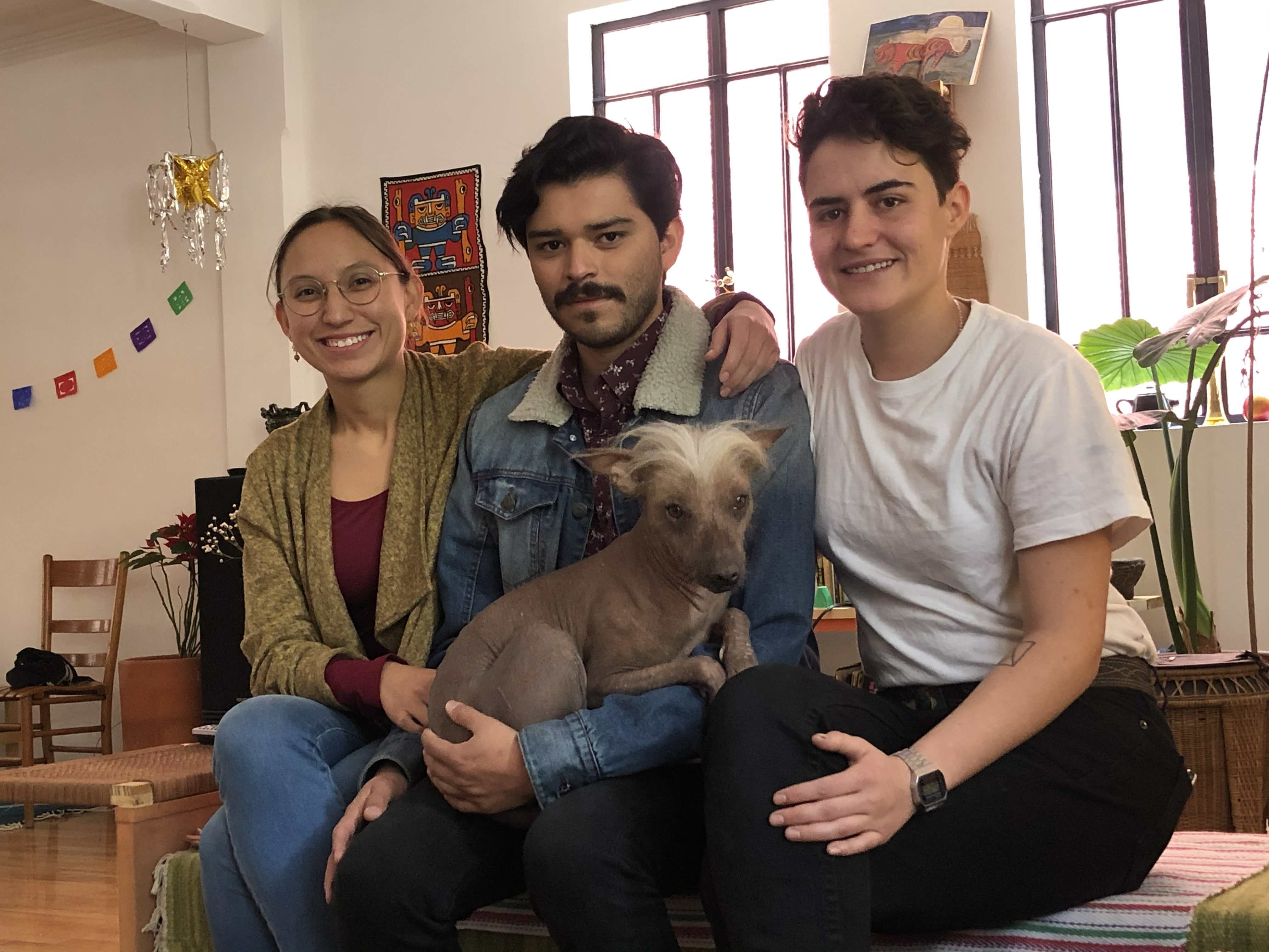 Fernanda Itzel González, Mario Rodríguez Jaramillo y Ana Segovia, Ciudad de México, enero 2020. Foto: Sandra Sánchez