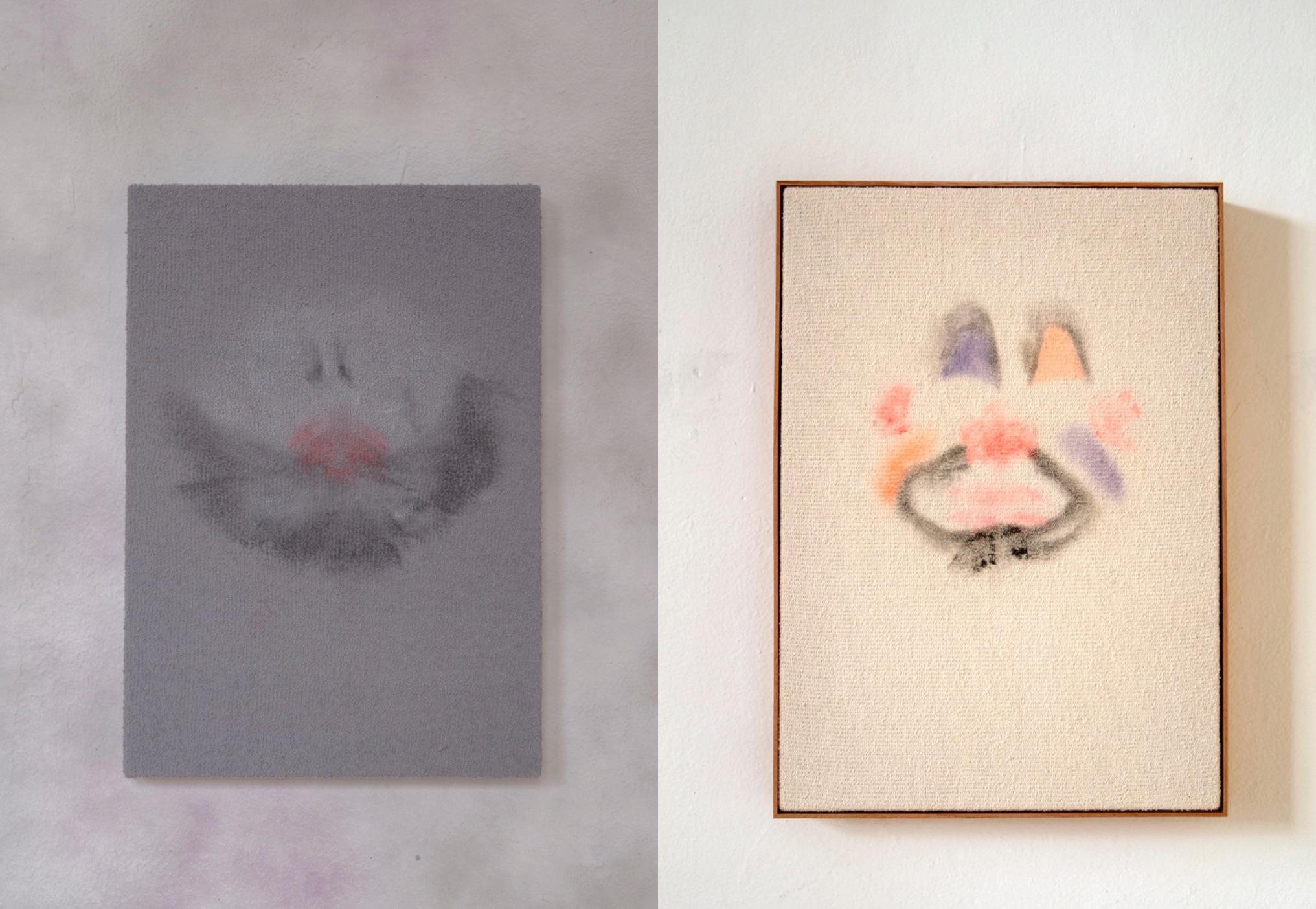 Vista de la exposición Soy un extraño para Dios/ para la policía/ para mí mismo…  y para mis amigos, Juan Caloca, 2020, Estudio Marte. Cortesía del artista