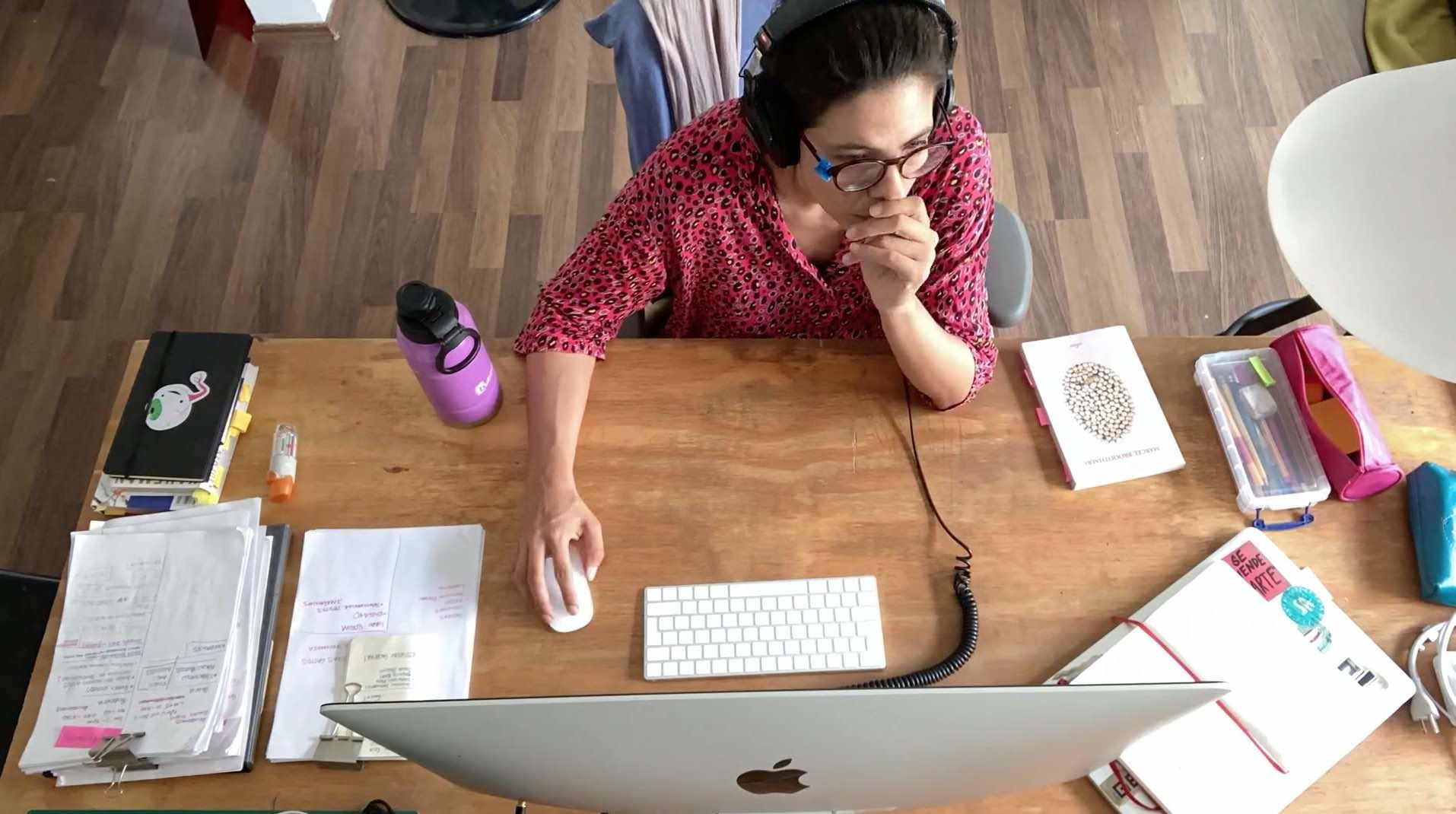 Angélica Piedrahita en su estudio. Cortesía de la artista