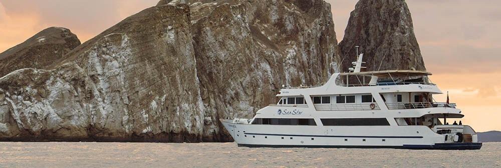 Luxury Class - Galapagos Tours