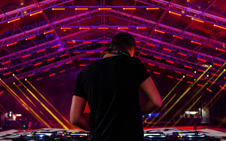 DJ para Festas de 15 Anos