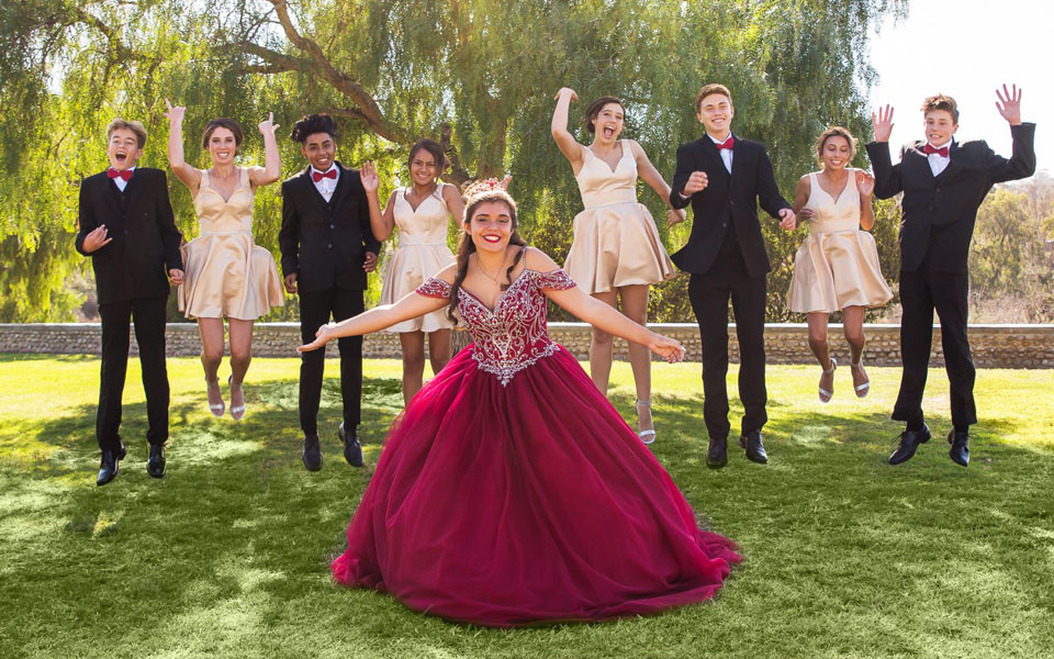 Quinceanera Damas and Chambelanes