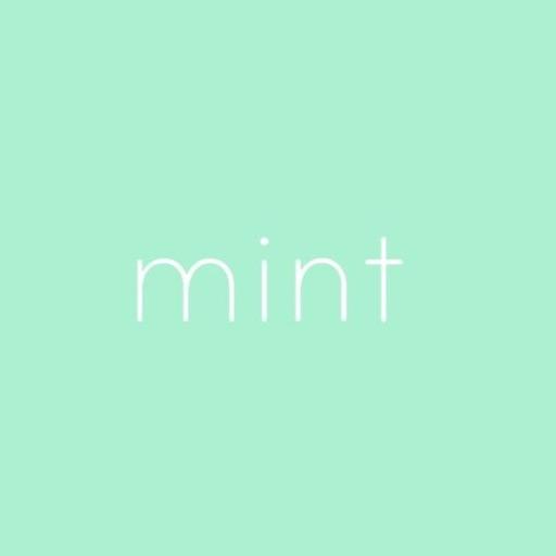 Mint Moon 🐰