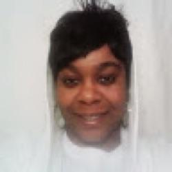Shellee B