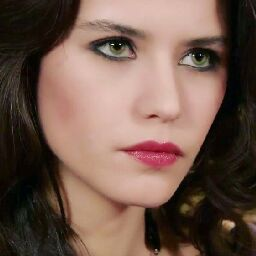 Esraa Abdallah