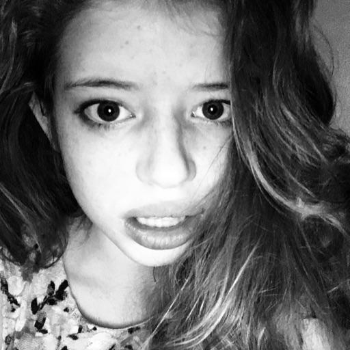 selfieQween