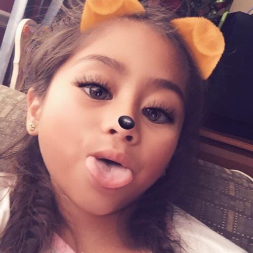 Nataly saravia
