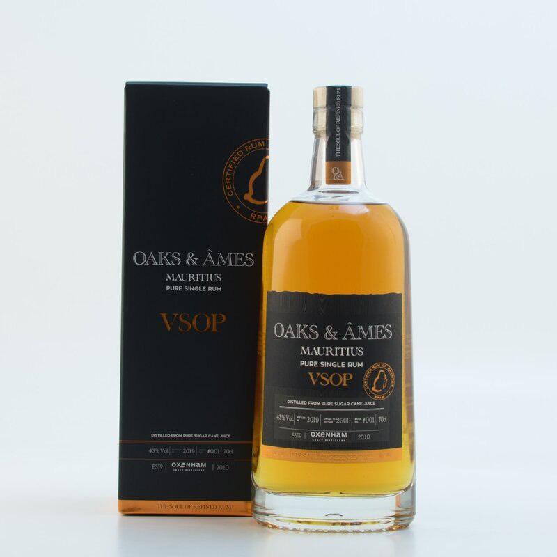Bottle image of Oaks & Âmes VSOP