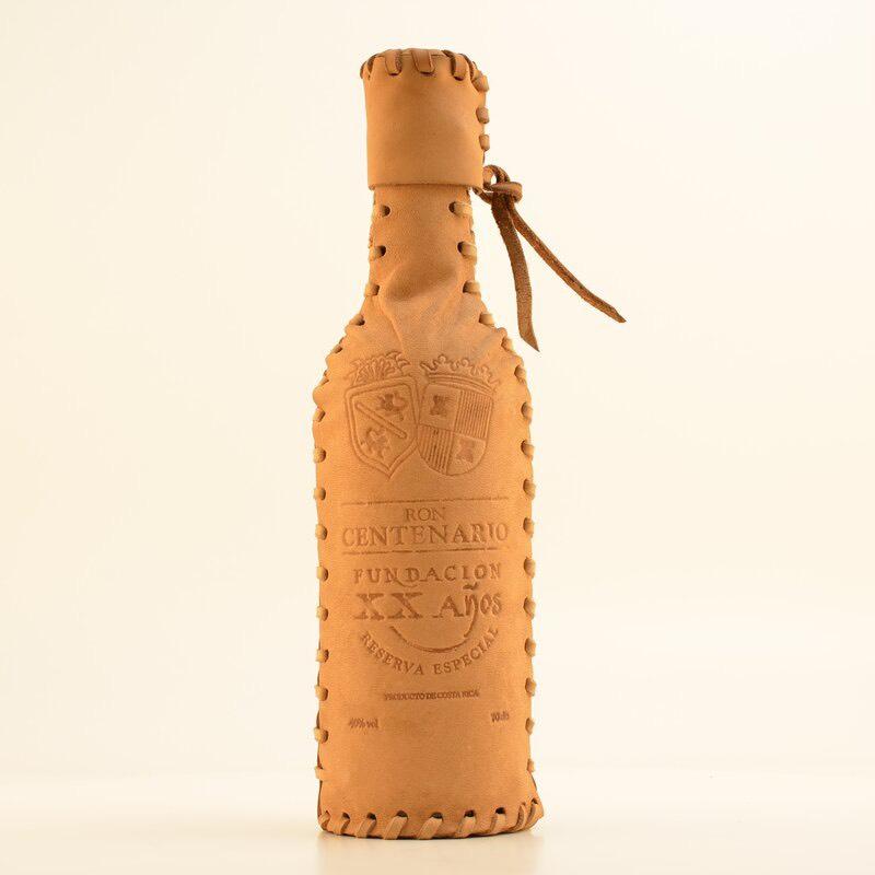 Bottle image of Centenario Fundacion XX (Leather)