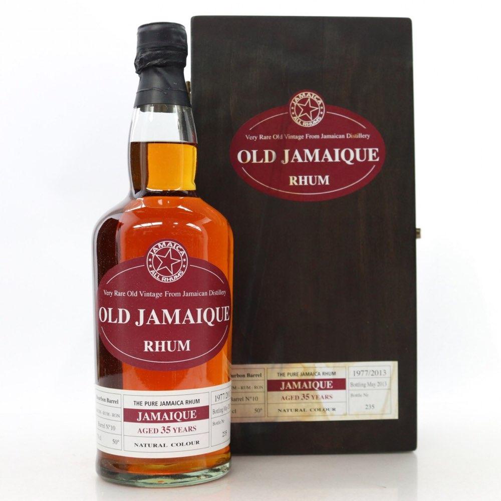 Bottle image of Old Jamaique
