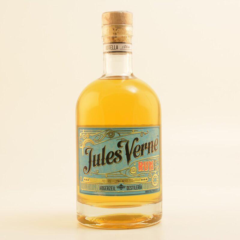 Bottle image of Jules Verne Rum Gold