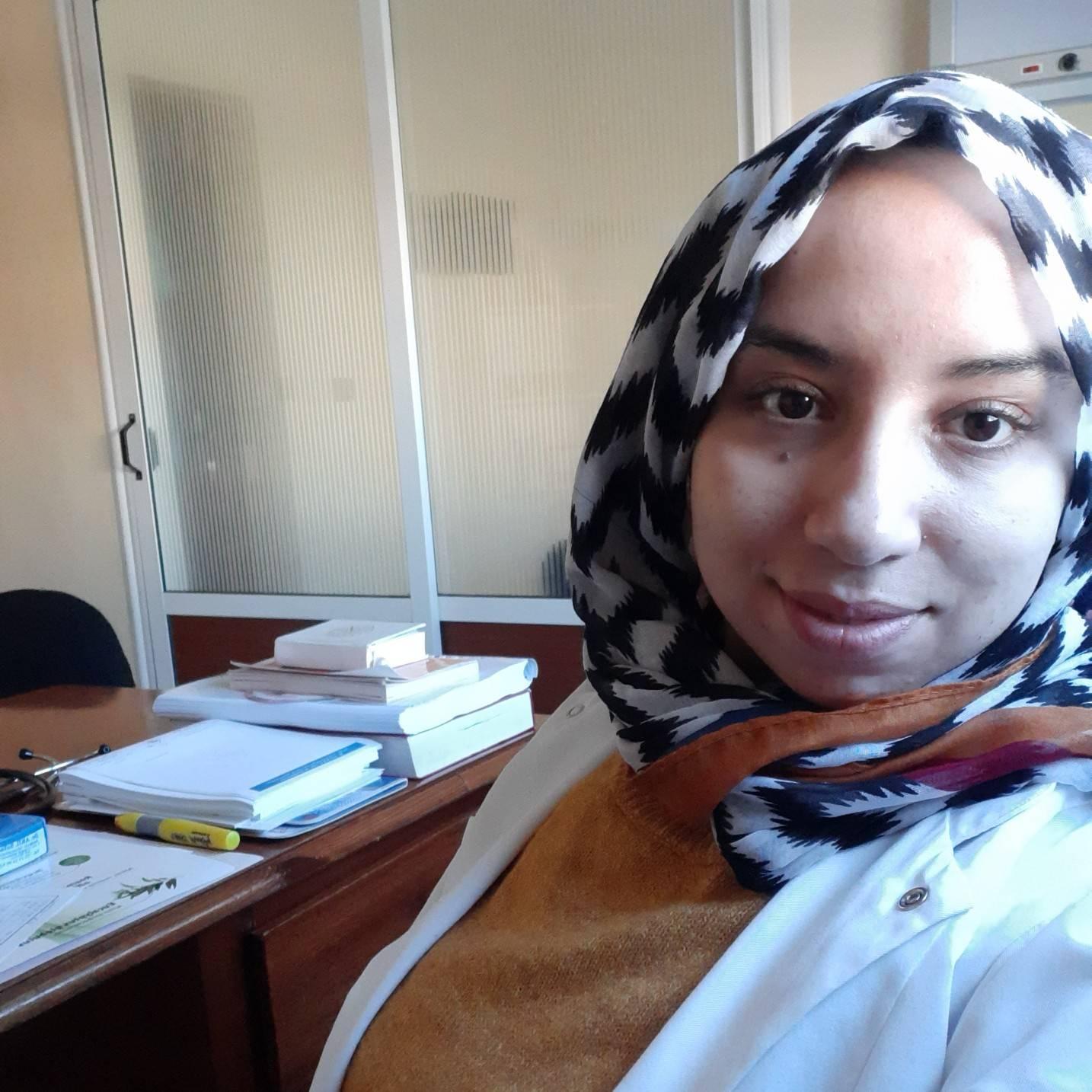 Dr. Akil Safae