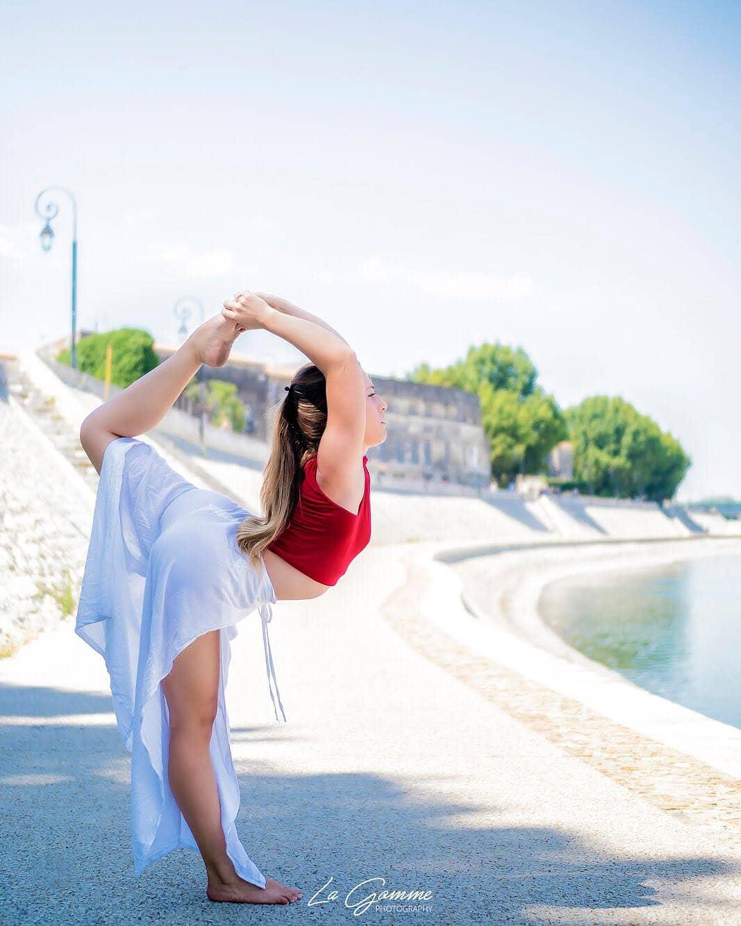 Yoga with an Experienced Yoga Alliance RYT 500 Teacher 2