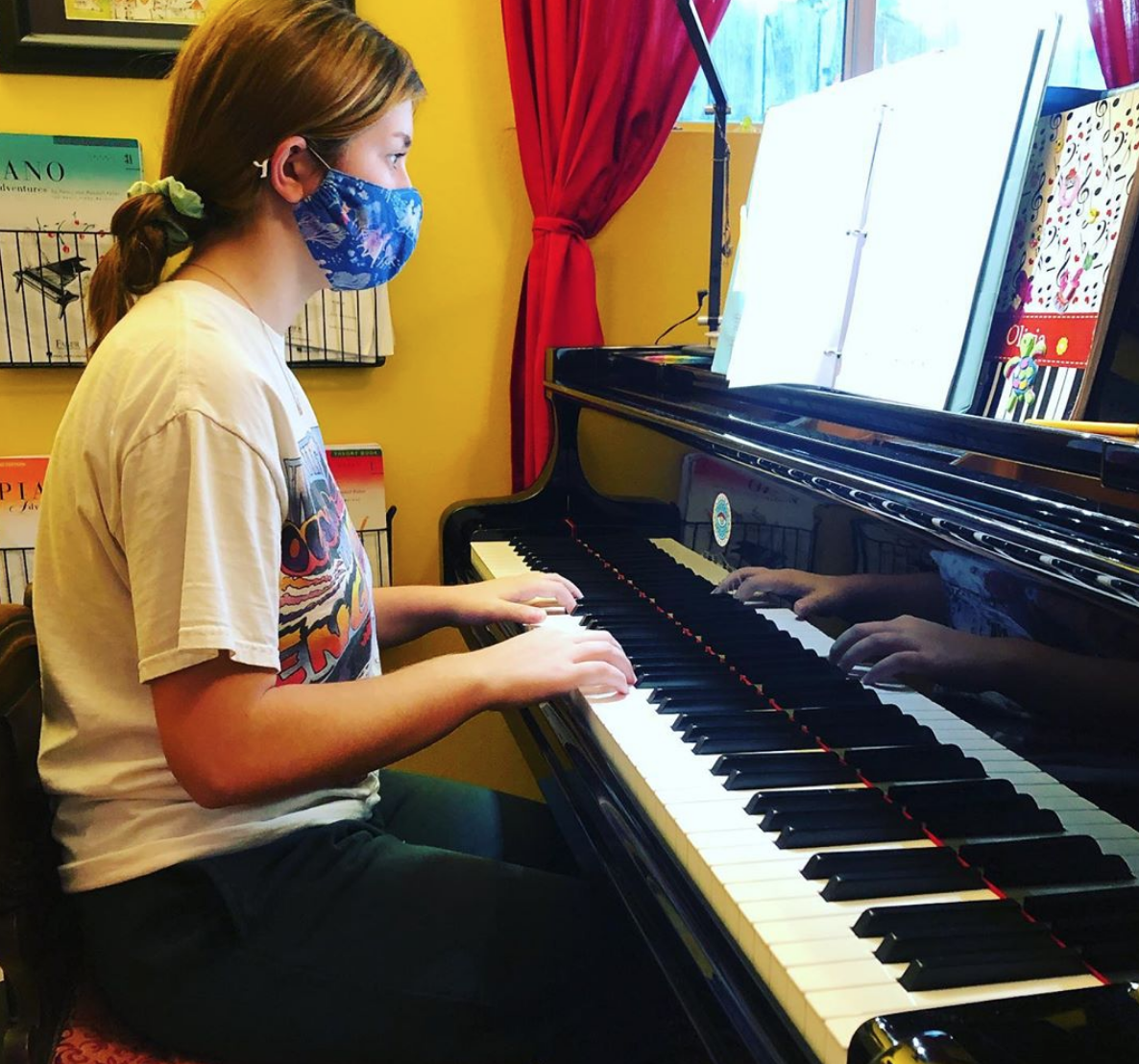 Customized Piano Lessons with Former Pianist, Teacher & Composer From London 3