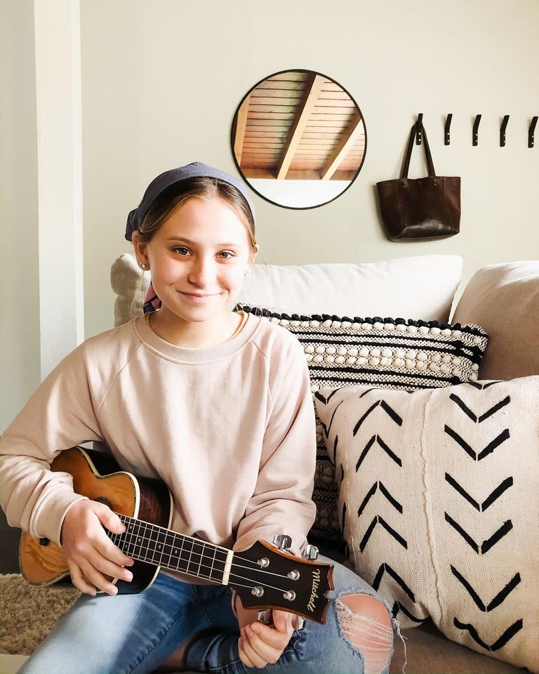 Piano, Guitar, Ukulele, & Singing Lessons | All Ages | Classical & Contemporary | Est. in 2011 1