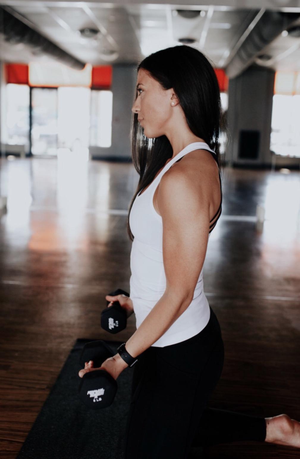 Yoga Sculpt HIIT Workout by @KWHITTTTT | Certified Yoga Sculpt Instructor 2