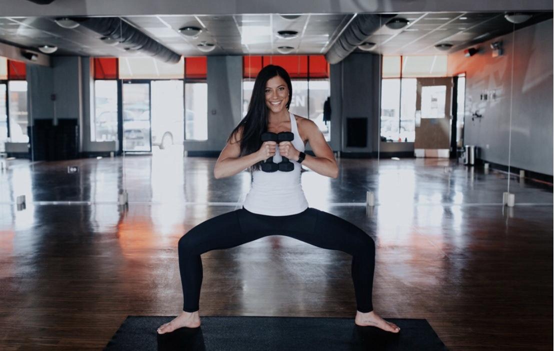 Yoga Sculpt HIIT Workout by @KWHITTTTT | Certified Yoga Sculpt Instructor 4