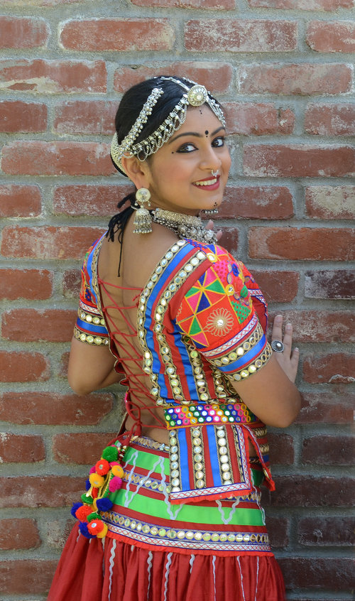 Get Your Groove On Across the Continents with BollyPop Classes 1