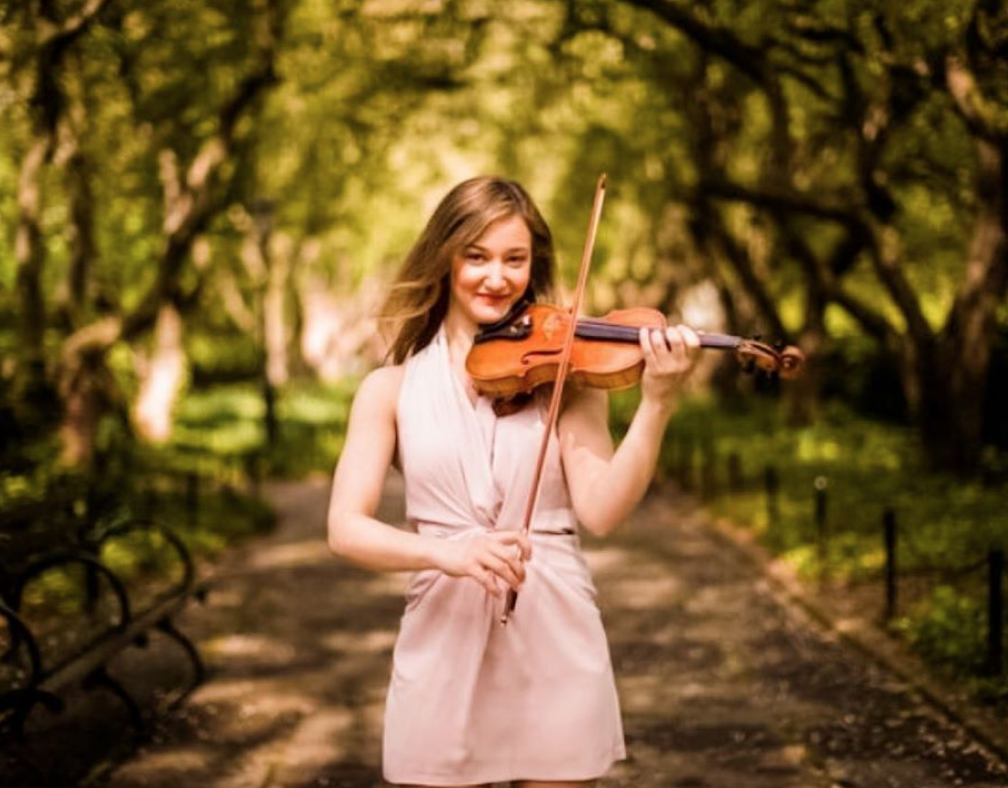 Violin Lessons with a Carnegie Hall Performer | 15+ Years Experience as a Violin Teacher 3