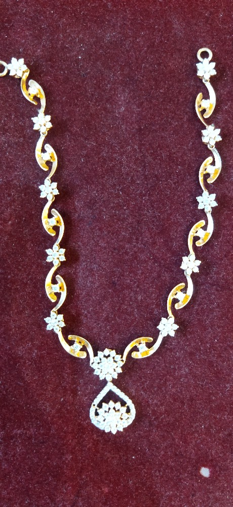 souler-account: Lucy necklace