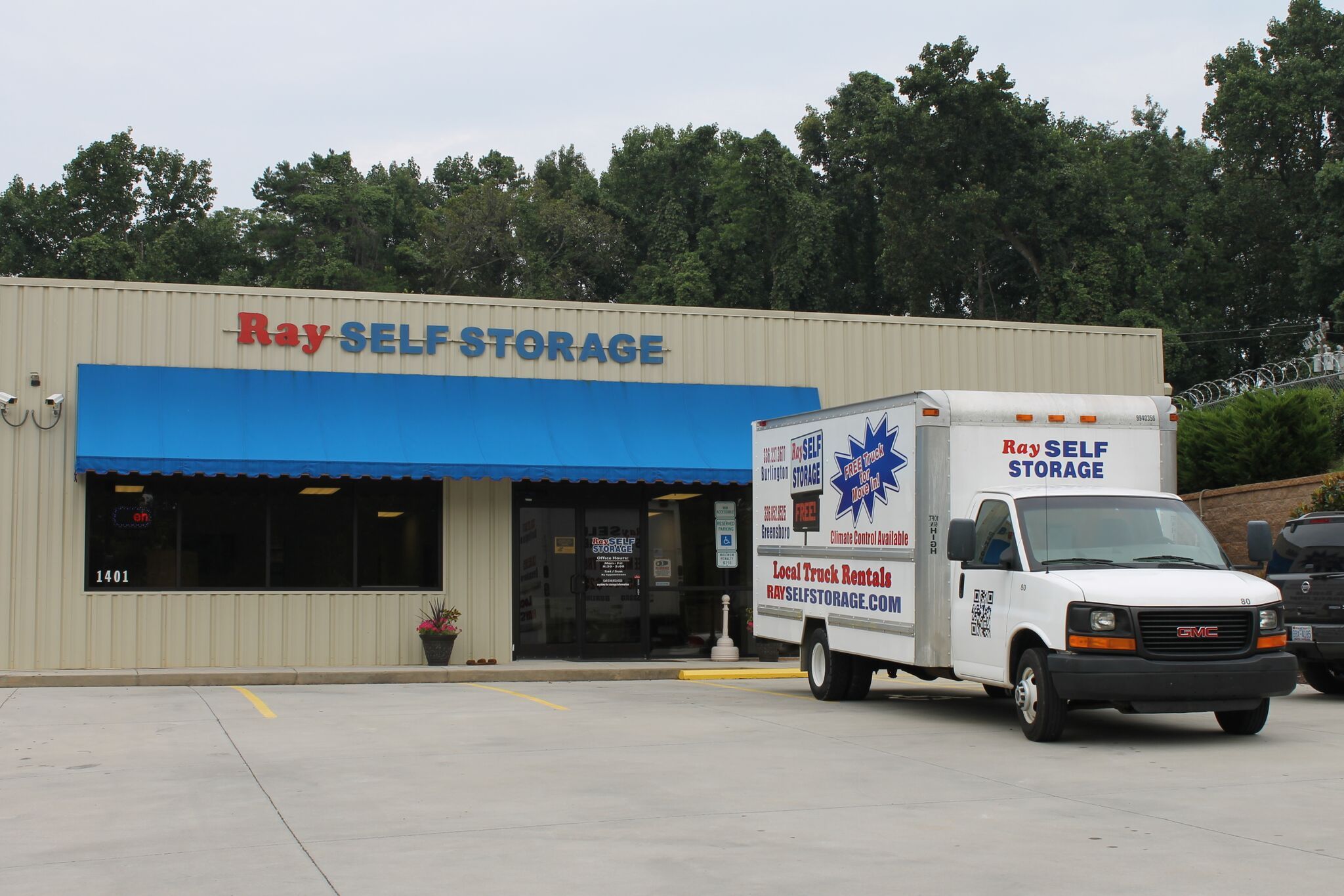 Ray Self Storage - Norwalk