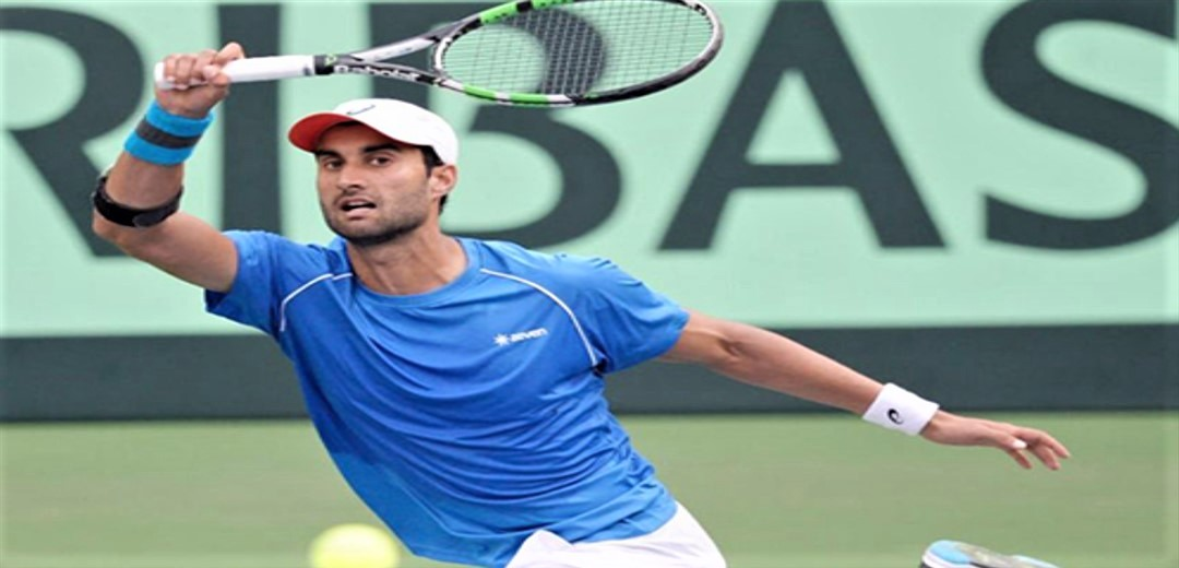 Yuki Bhambri trains with top juniors at RK Khanna Tennis Stadium