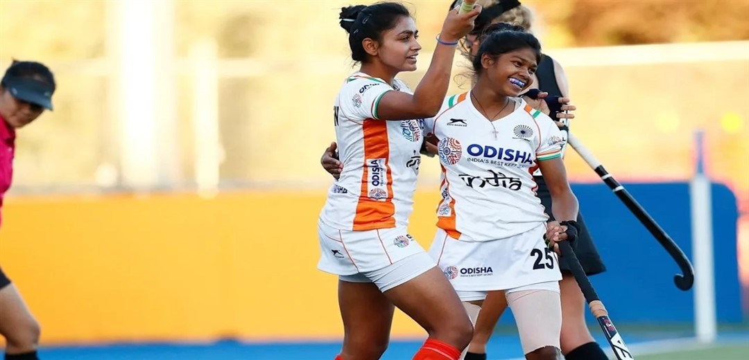 Indian Women's Hockey Team suffers its 2nd Consecutive loss on the tour