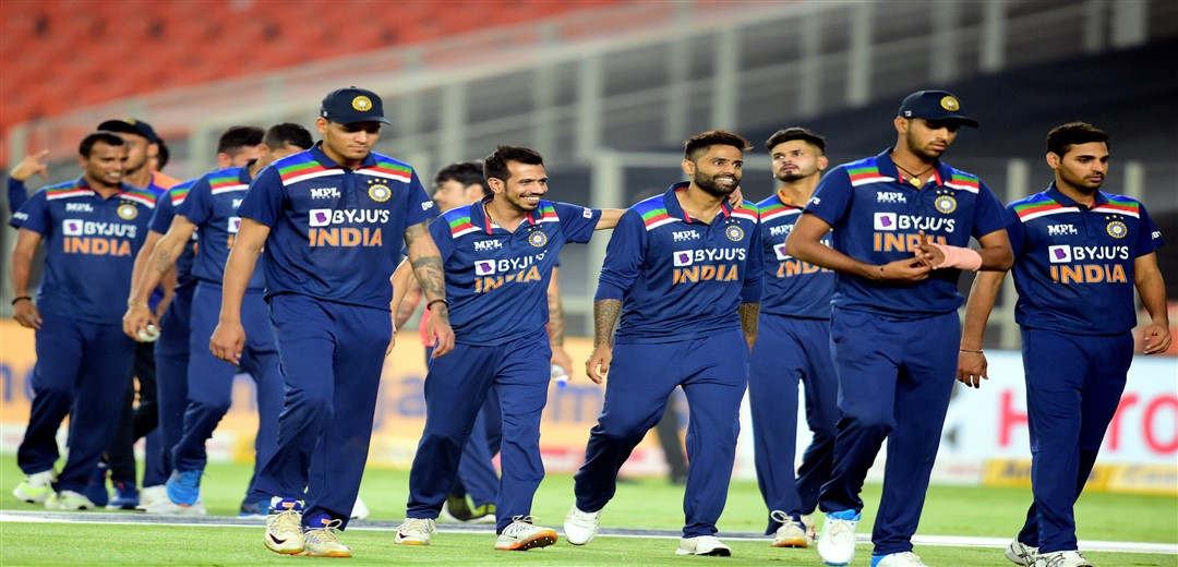 India beat England by 8 runs in 4th T20 International, level series 2-2