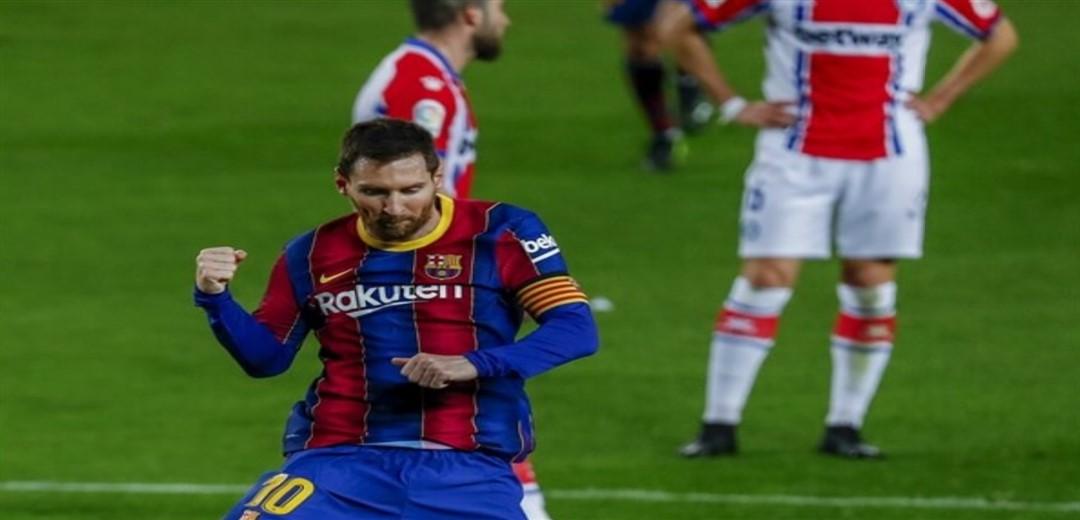 Confident Barcelona hosts PSG as Champions League resumes