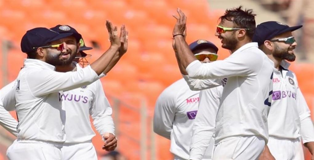 Scoreboard - 4th India-England Test, Day three