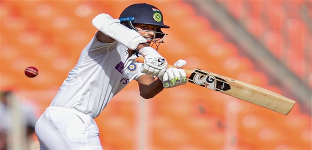 Ton-up Pant, Sundar take India to 294-7 on day 2 of 4th Test against England