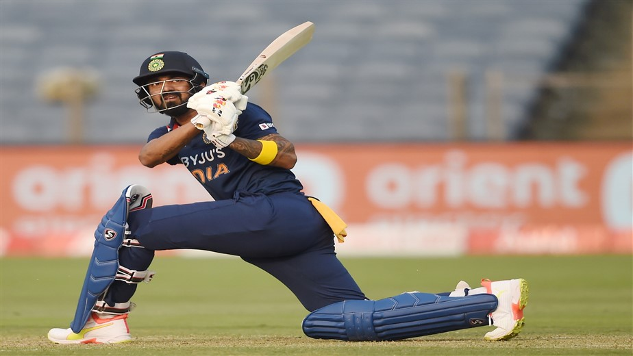 India post 317 for 5 against England in 1st ODI