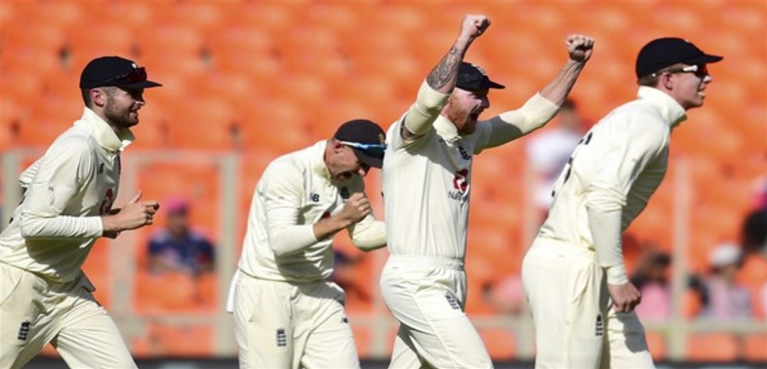 India inch towards series-levelling win, Eng 116-7 at lunch