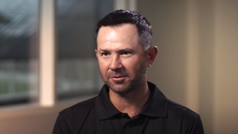 Not completing Ashwin's quota of overs probably a mistake: Ponting
