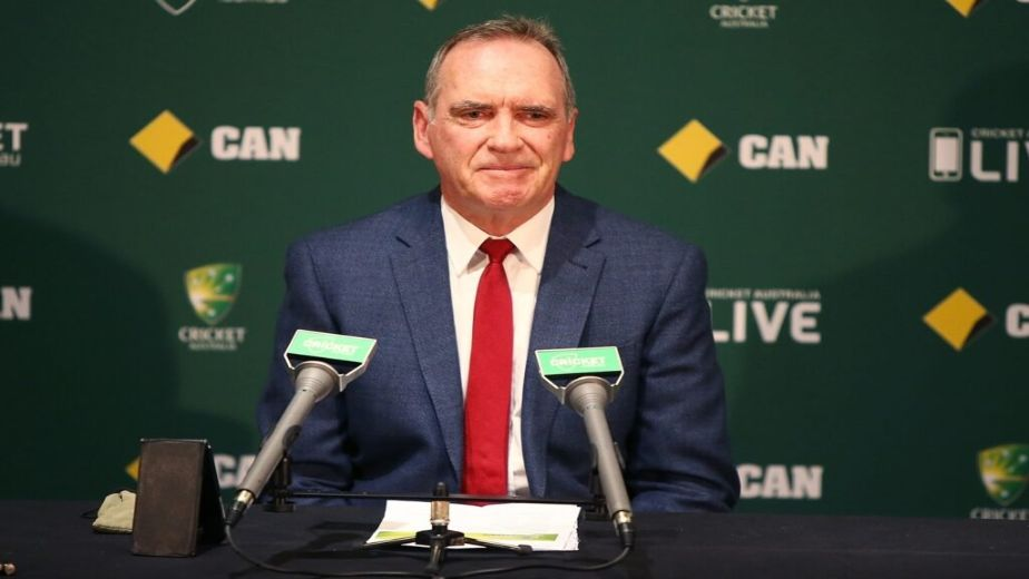 Australia chief selector Trevor Hohns expects players to forgo Indian Premier League if it clashes with planned T20 tri-series