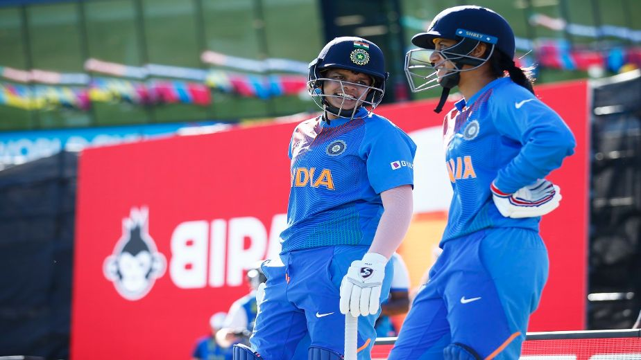Dramatic collapse spoils cricketers Shefali Verma and Smriti Mandhana's tremendous effort