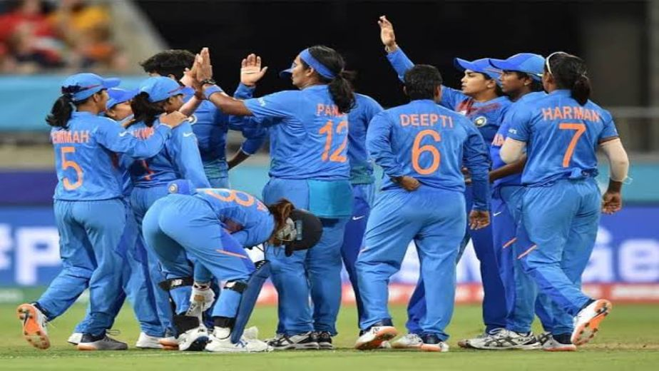 Women's Test: India's first innings fold for 231, England enforce follow on
