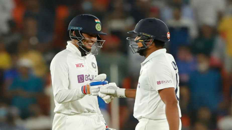 Rohit Sharma and Shubman Gill depart after promising start to leave India at 69 for two at lunch